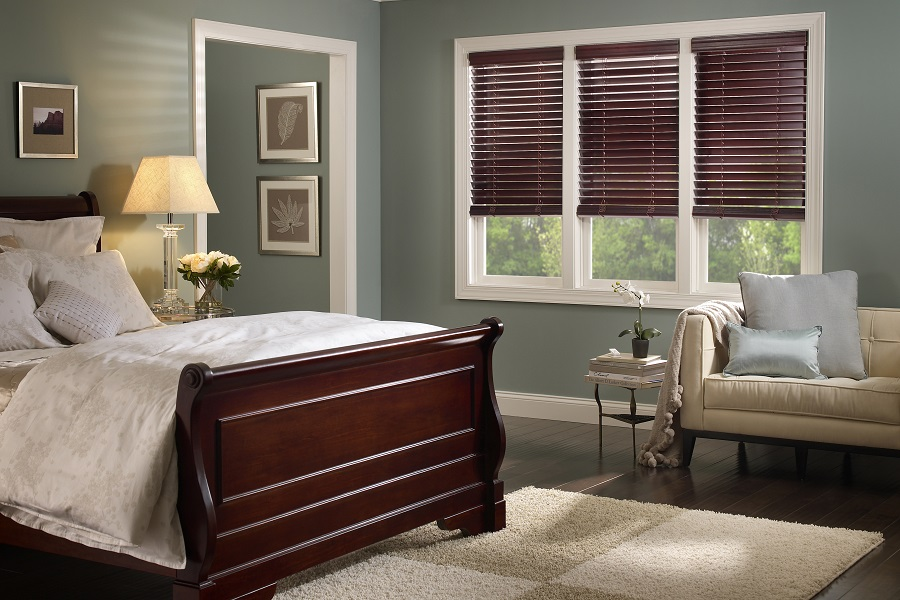 3 Reasons to Invest in Motorized Shades for Your Home