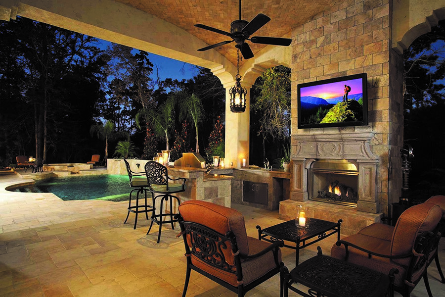 6 Must-Haves for Your Outdoor Entertainment System